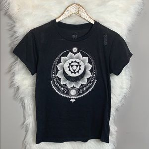 Billabong••Lotus Sun & Moon graphic T-shirt